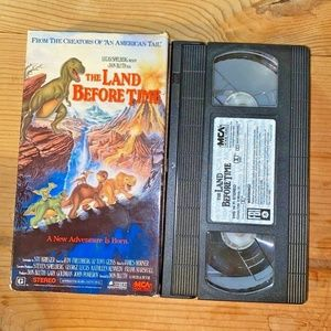 Vintage VHS tape The Land Before Time children fam